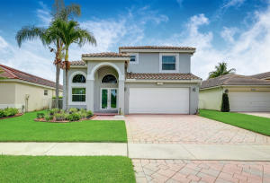 2429  Country Golf Drive  For Sale 10630530, FL