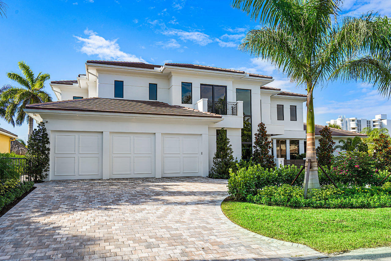 971 Dogwood Drive, Delray Beach, Florida 33483, 5 Bedrooms Bedrooms, ,5.2 BathroomsBathrooms,Single Family Detached,For Sale,Dogwood,RX-10631254