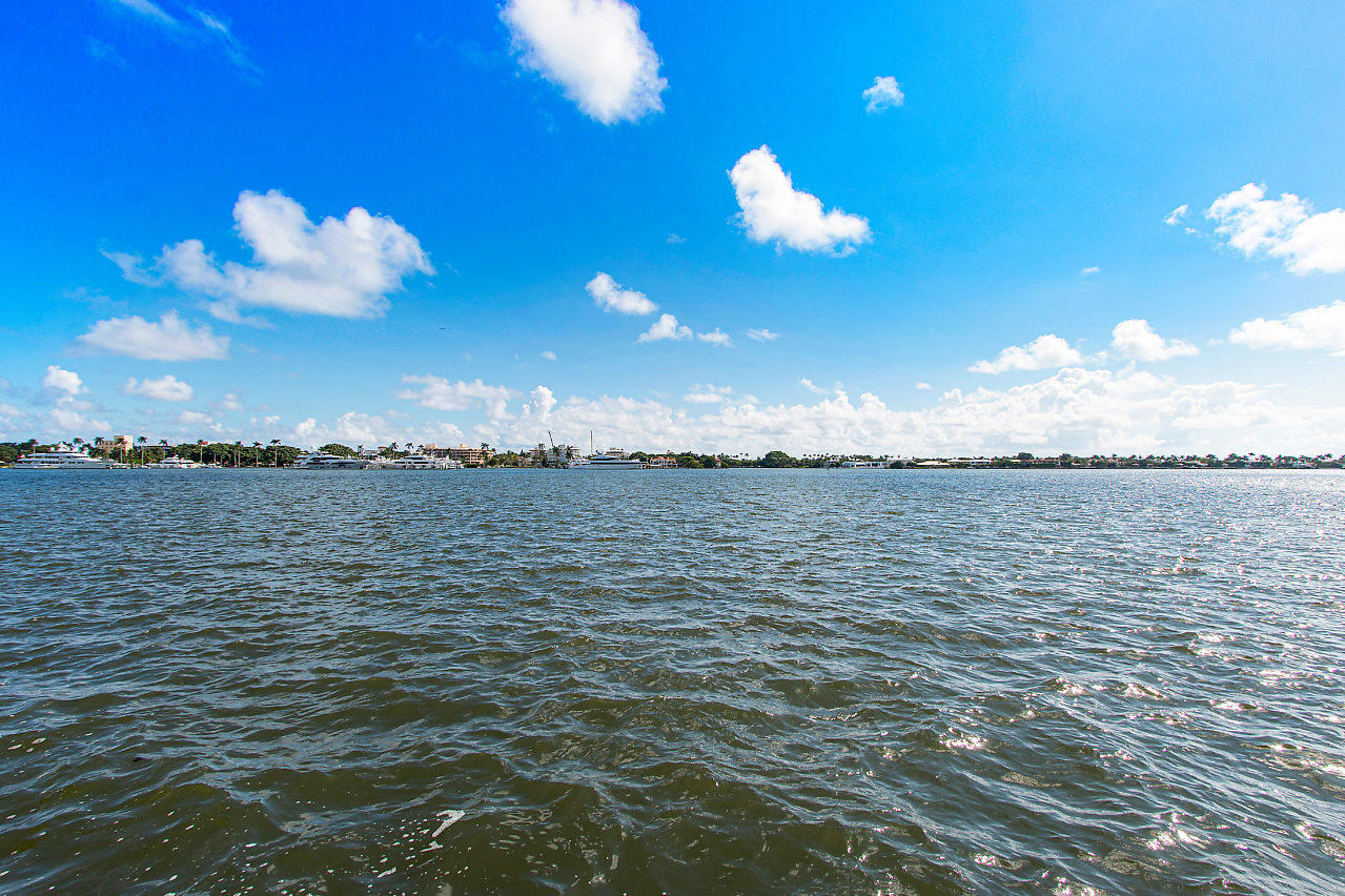 1200 S Flagler 105 Drive 105 West Palm Beach, FL 33401 photo 21
