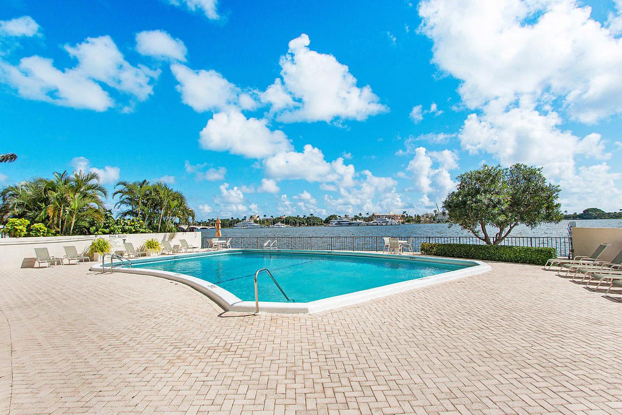 1200 S Flagler 105 Drive 105 West Palm Beach, FL 33401 photo 25