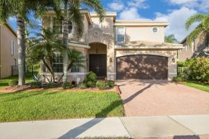 8291  Emerald Winds Circle  For Sale 10630934, FL