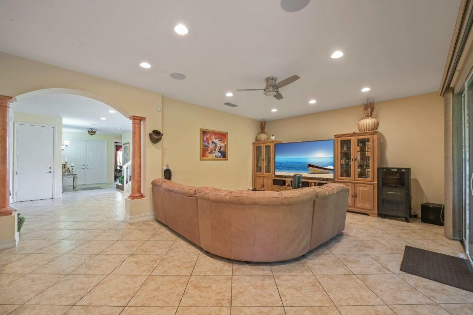 8291 Emerald Winds Circle Boynton Beach, FL 33473 photo 9