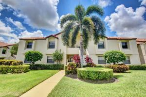 5793  Parkwalk Drive 122 For Sale 10631195, FL