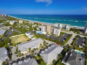 451  Ocean Ridge Way  For Sale 10631108, FL