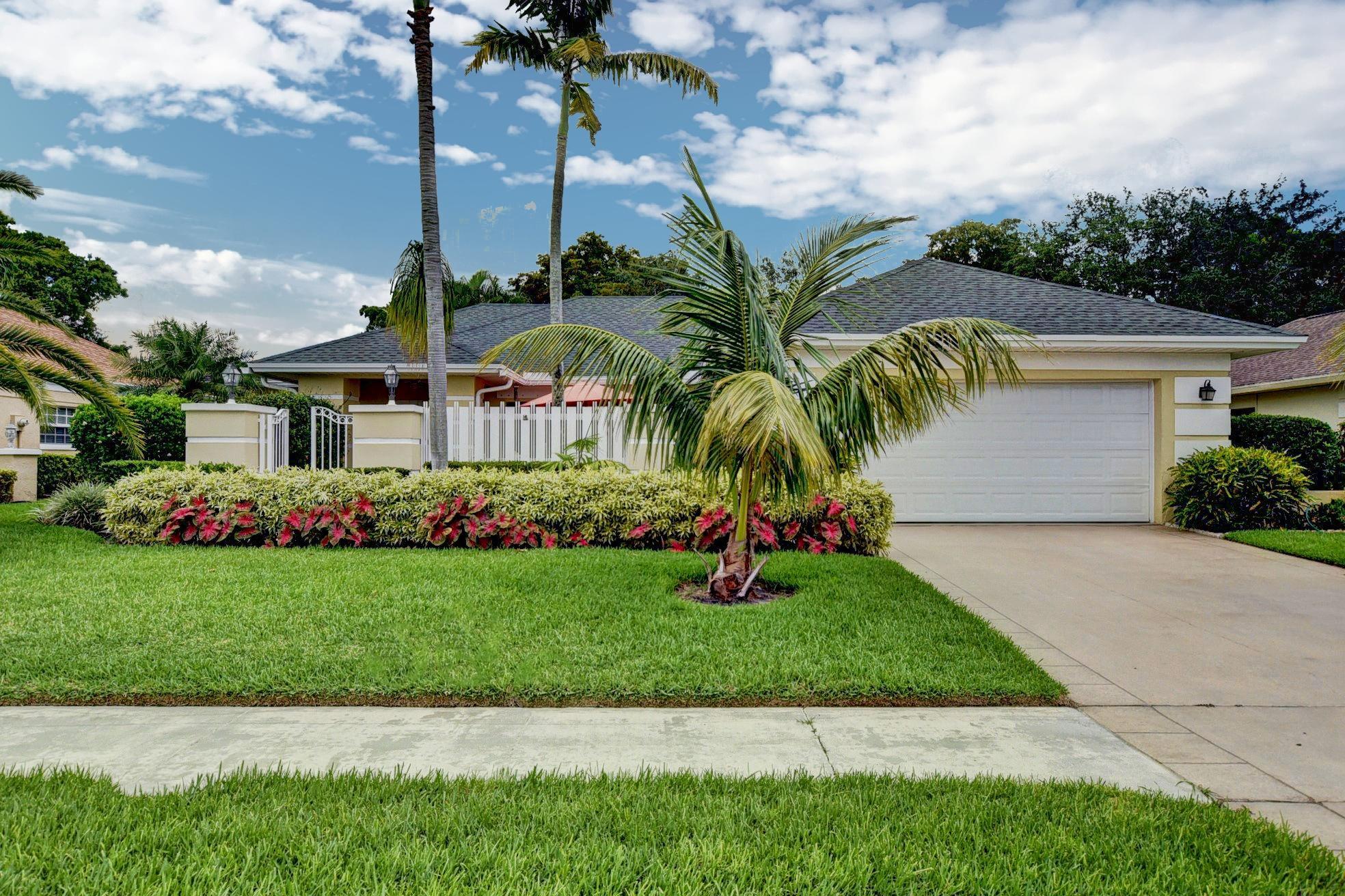 10219 Green Trail Drive Boynton Beach, FL 33436