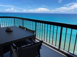5380 N Ocean Drive 17e For Sale 10631134, FL