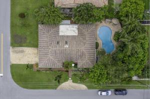 1900  Las Casas Road  For Sale 10631386, FL