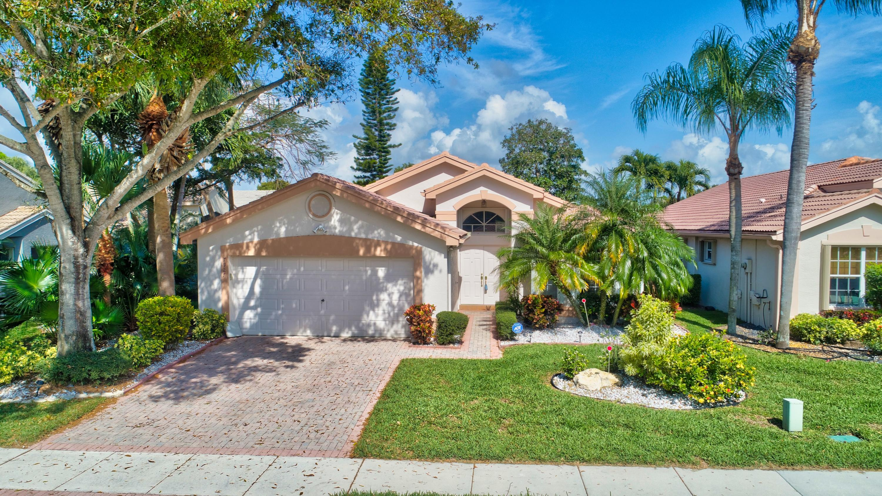 Home for sale in VALENCIA LAKES Boynton Beach Florida