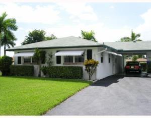851 Meadowlark Lane  Delray Beach, FL 33445