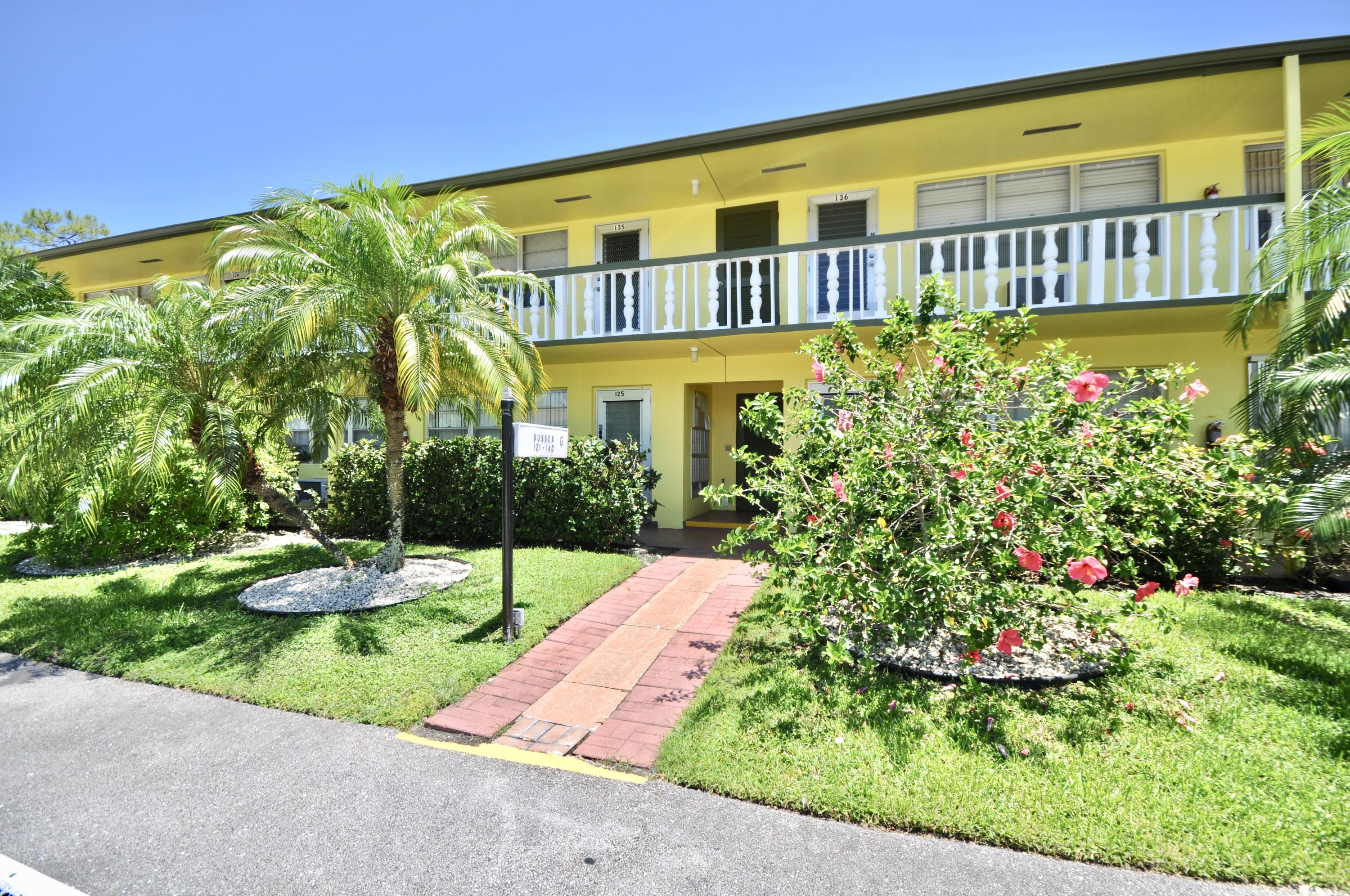 125 Sussex G, West Palm Beach, Florida 33417, 1 Bedroom Bedrooms, ,1 BathroomBathrooms,Residential,for Rent,Sussex G,RX-10631692, , , ,for Rent