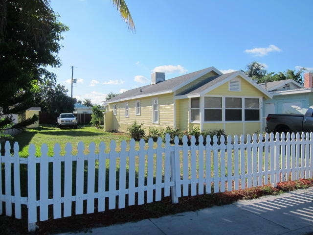 Home for sale in Town Of Lake Worth: Tropical Ridge Lake Worth Florida