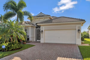 209  Palm Circle  For Sale 10631563, FL