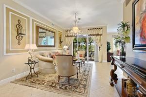 9774  Bowline Drive 102 For Sale 10631615, FL