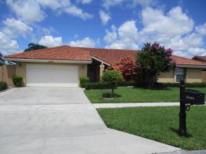 20681  Bay Brooke Court  For Sale 10631835, FL