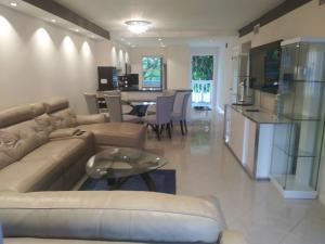 9880  Marina Boulevard 1520 For Sale 10601459, FL
