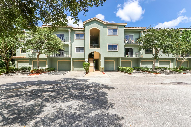 Home for sale in KENSINGTON OF ROYAL PALM BEACH CONDOMINIUM Royal Palm Beach Florida