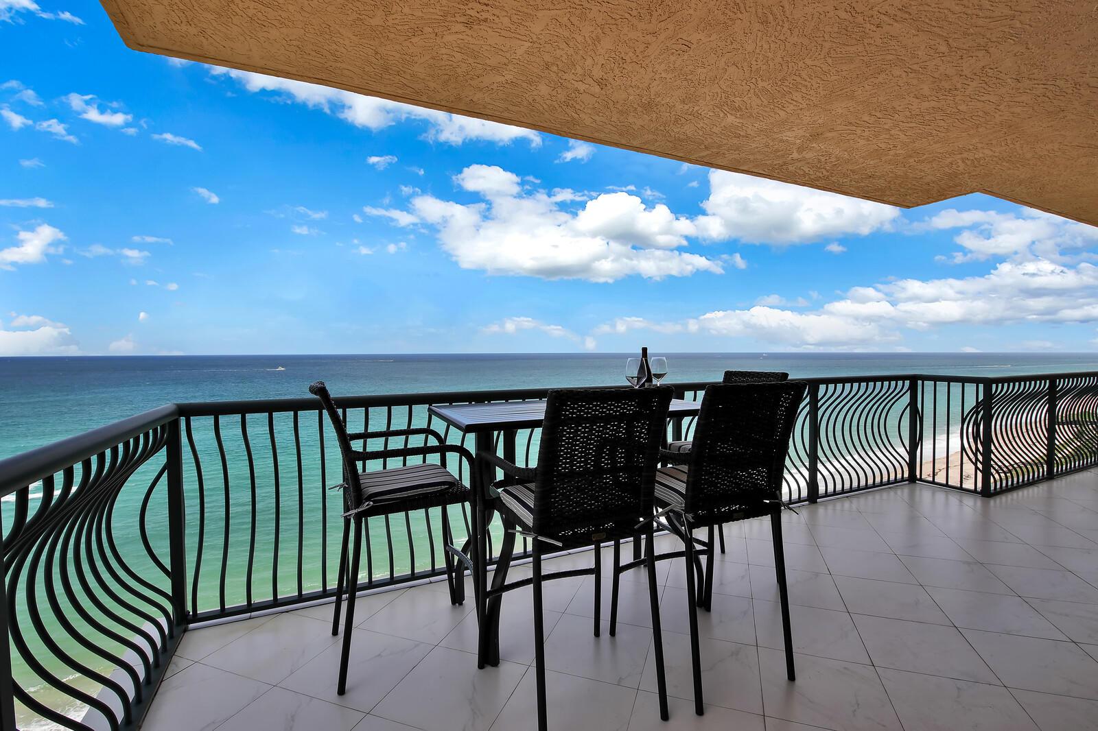 5150 N Ocean Drive 1401  Singer Island FL 33404