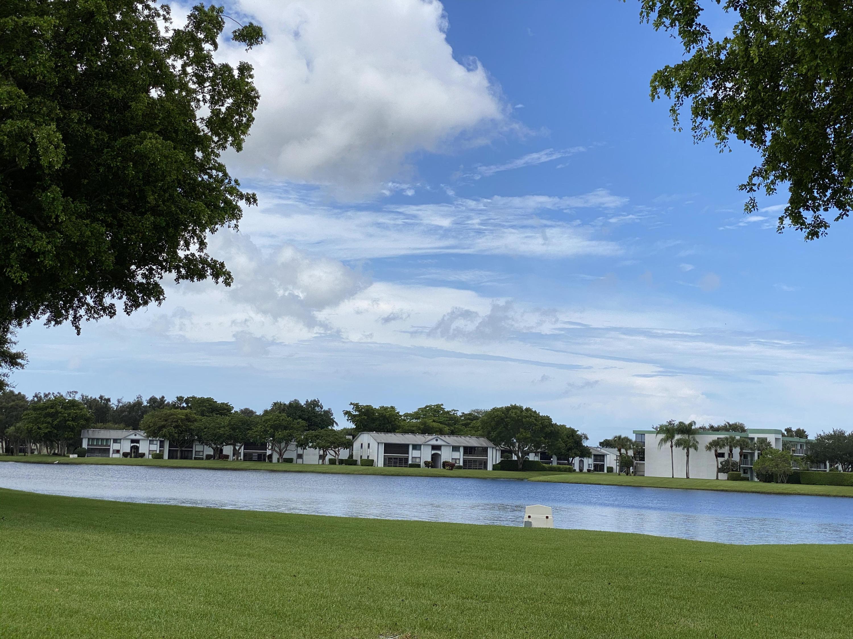15217 Lakes Of Delray Boulevard 90  Delray Beach, FL 33484