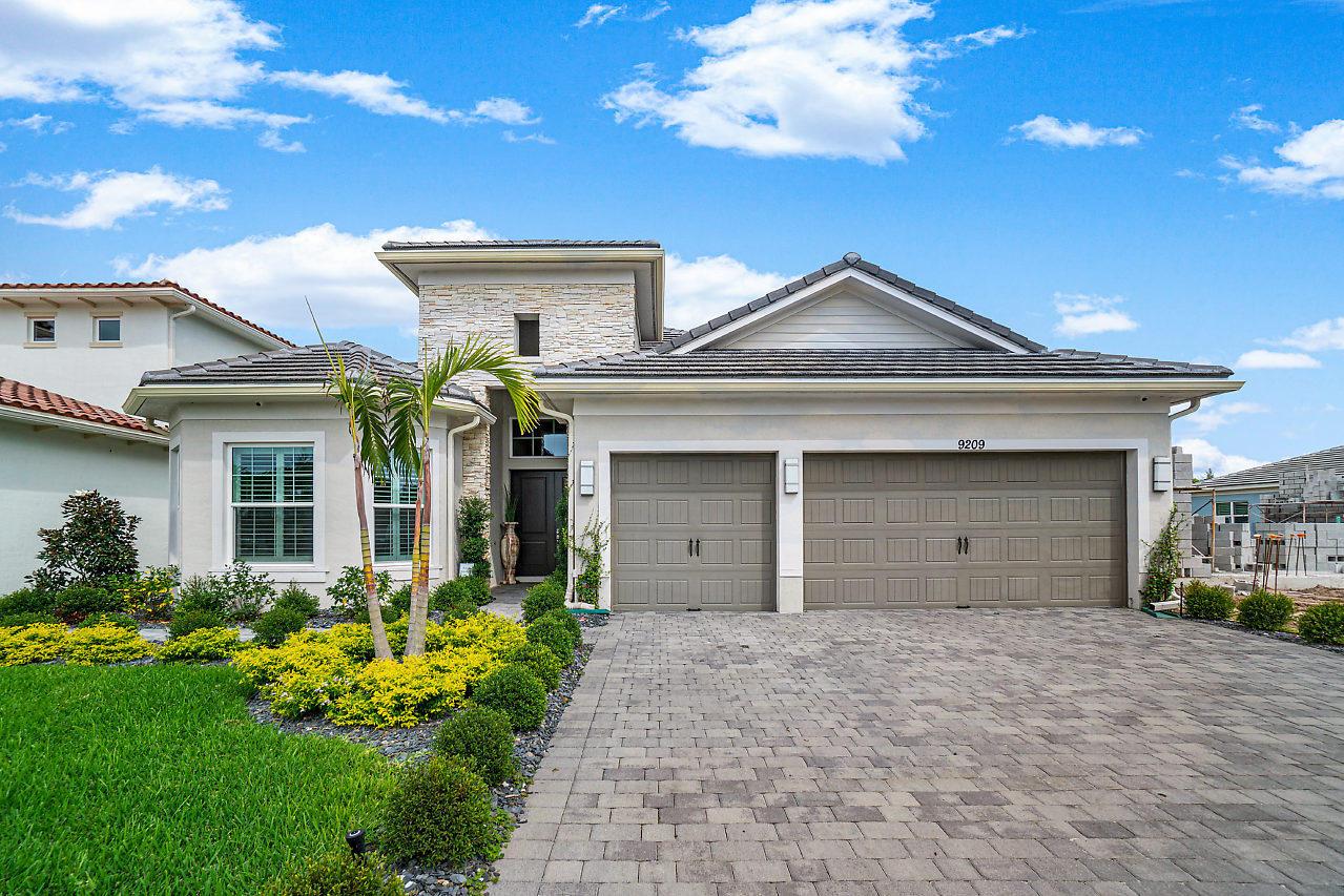 9209 Greenspire Lane Lake Worth, FL 33467