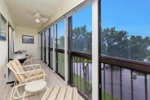 7146  Huntington Lane 406 For Sale 10632497, FL