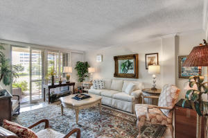 139  Sunrise Avenue 103 For Sale 10632454, FL