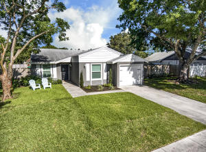 8309  Little Beth Drive  For Sale 10632466, FL