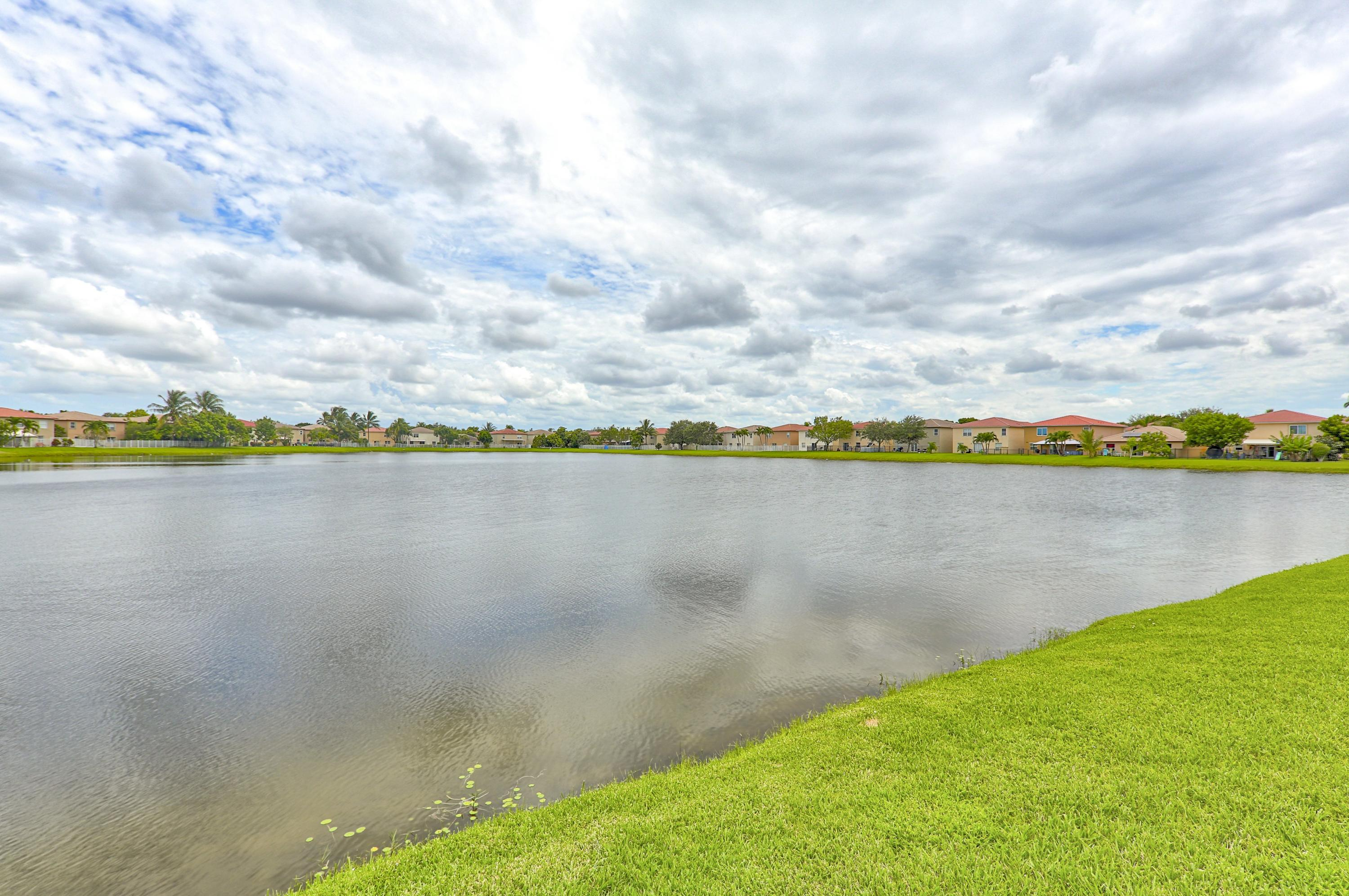 5382 Meadows Edge Drive, Lake Worth, Florida 33463, 6 Bedrooms Bedrooms, ,4 BathroomsBathrooms,Residential,for Sale,Meadows Edge,RX-10632476, , , ,for Sale