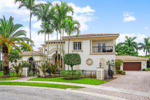 1676 SW 19th Avenue  For Sale 10632246, FL