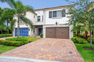 2061  Foxtail View Court  For Sale 10629794, FL