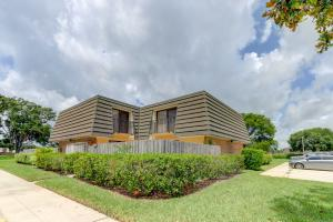 901  9th Way  For Sale 10629693, FL