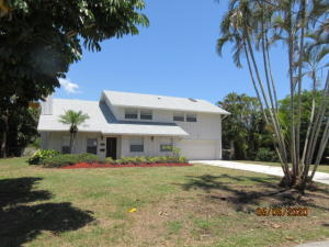 1099 NW 7th Street  For Sale 10632838, FL