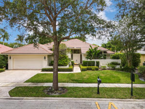 3232  Westminster Drive  For Sale 10630514, FL