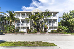 125 SW 2nd Avenue  For Sale 10632826, FL