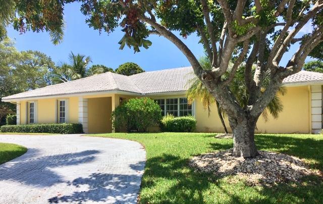509 N Country Club Drive Atlantis, FL 33462
