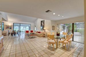 28  Villa Lane  For Sale 10632823, FL