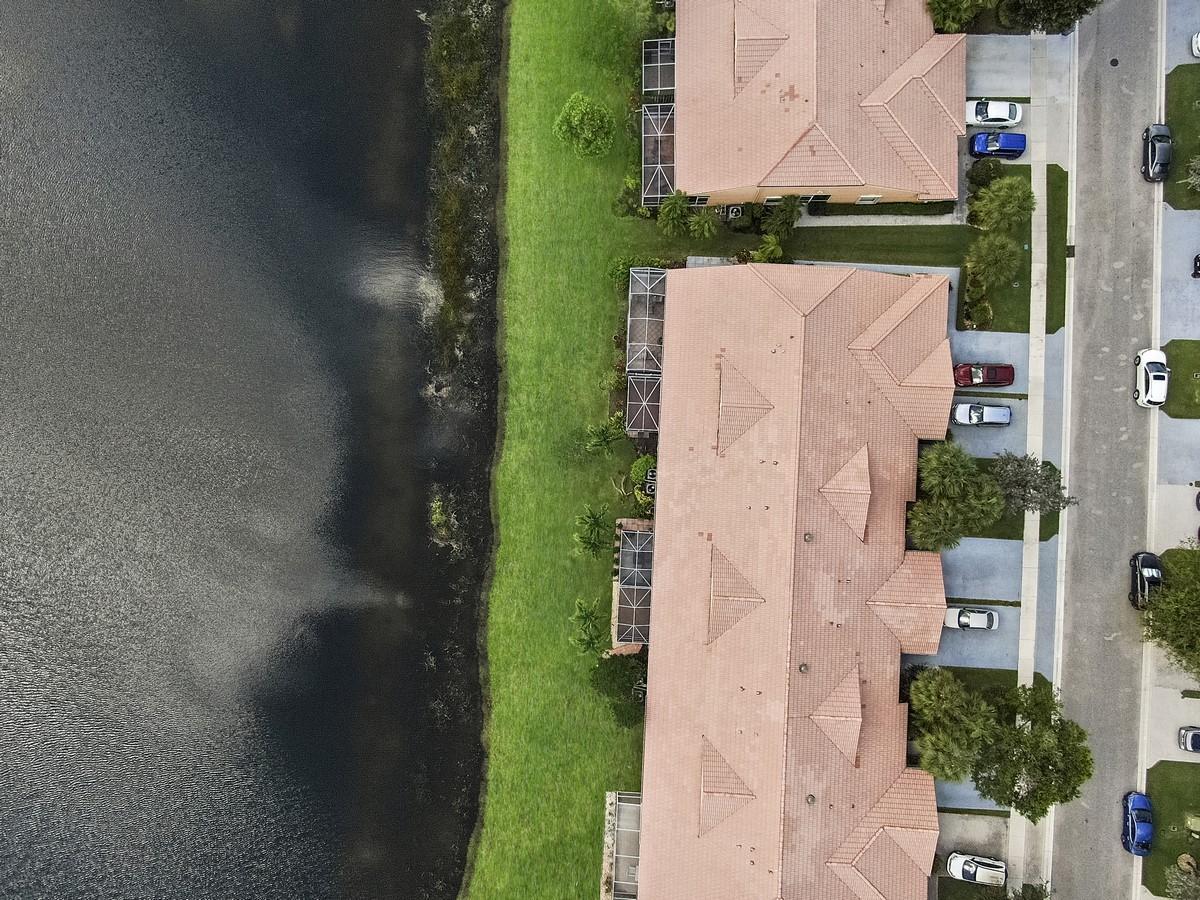8443 Logia Circle Boynton Beach, FL 33472 photo 27