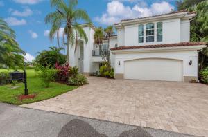 2410  Muir Circle  For Sale 10632451, FL