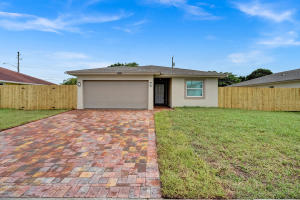 5915  Cayman Circle  For Sale 10614545, FL