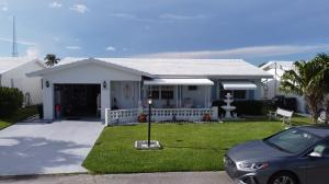2391 SW 10th Avenue  For Sale 10632930, FL