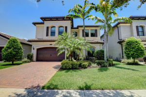 8235  Lawson Bridge Lane  For Sale 10636082, FL