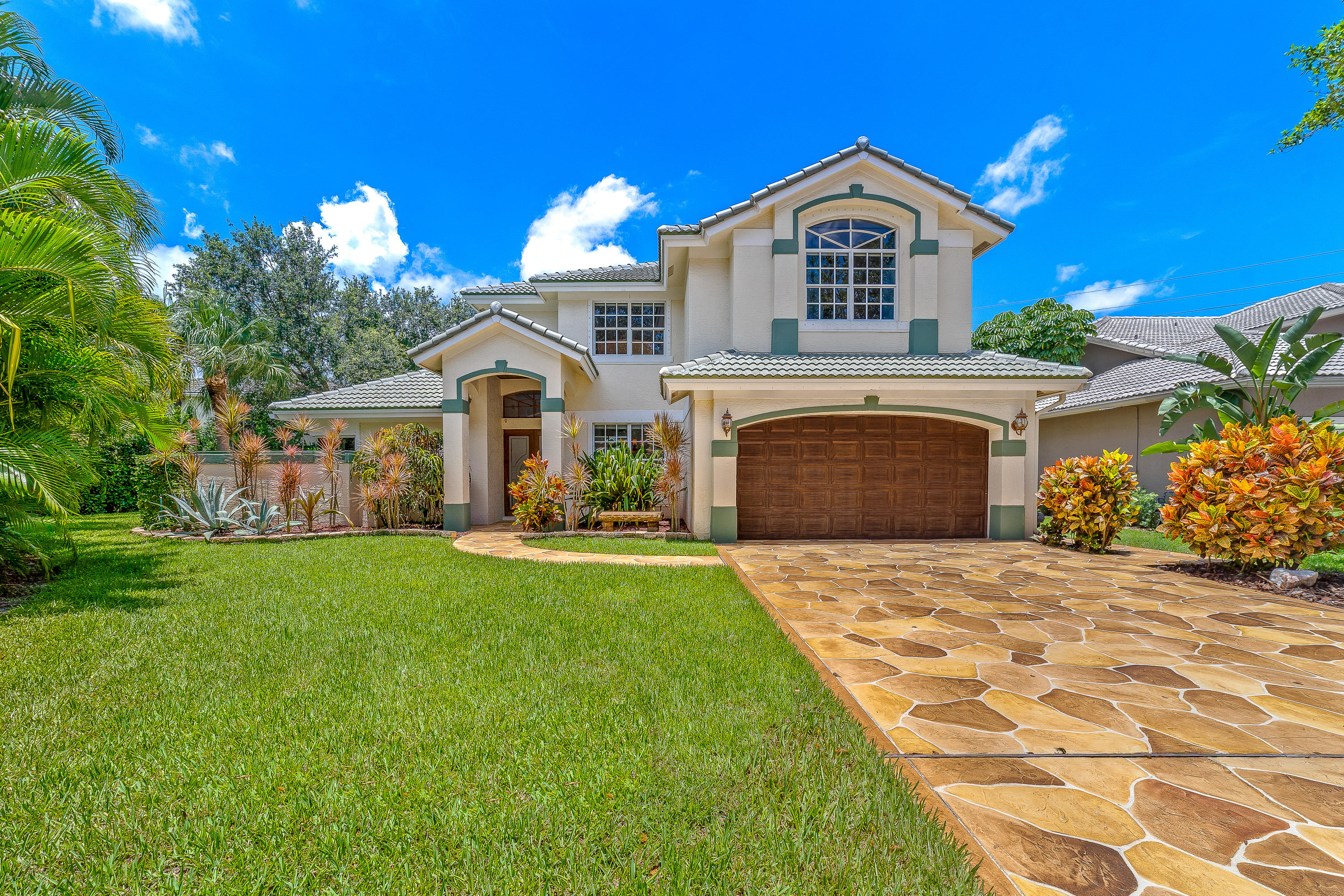 Photo of 247 Bluejay Lane, Jupiter, FL 33458