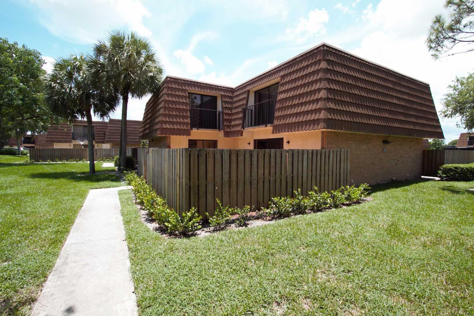 4115 41st Way West Palm Beach, FL 33407