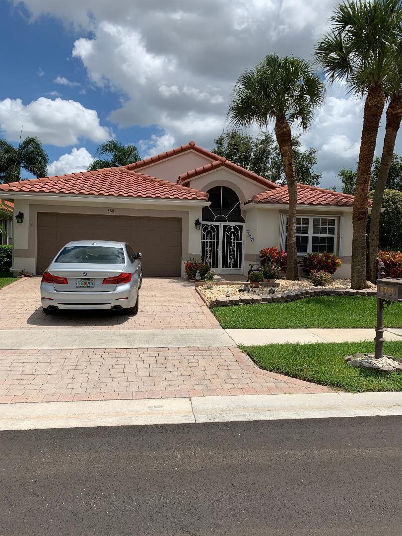 6781 Castlemaine Avenue  Boynton Beach FL 33437