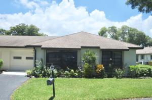 4731  Greentree Drive B For Sale 10633147, FL
