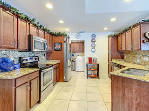 14380  Azucena Court  For Sale 10633344, FL