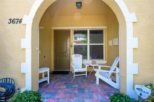 3674  Vintage Way 30 For Sale 10633412, FL