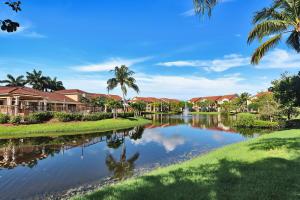 418  Villa Circle  For Sale 10633361, FL