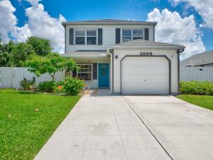 3898  Circle Lake Drive  For Sale 10633377, FL