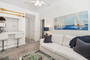 235  Sunrise Avenue 2225 For Sale 10633508, FL