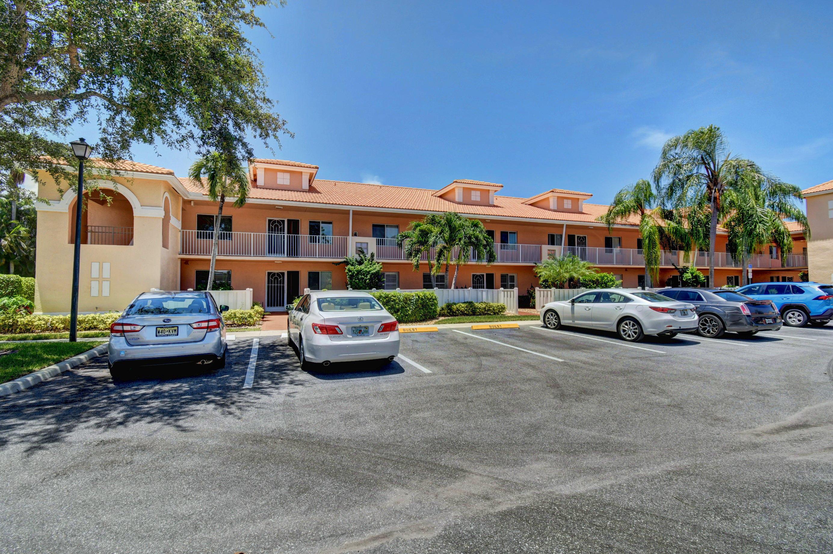 5951 Regal Glen Drive 203 Boynton Beach, FL 33437